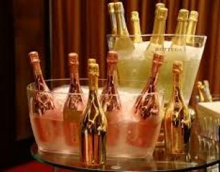 Dubai luxury dinner date escorts
