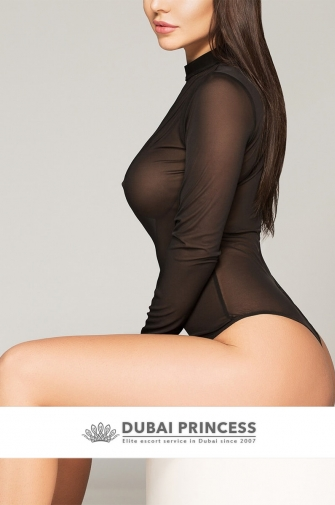 Luxury Dubai escorts Gaby, elite busty GFE companion