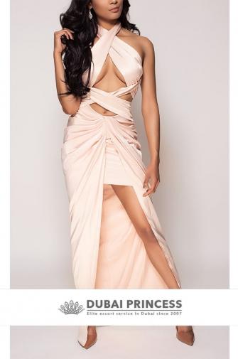 Escorts VIP Dubai Isabella, posh busty Latina GFE companion