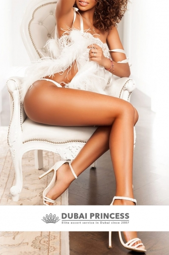 Elite Dubai escorts Maria, high class Brazilian GFE companion