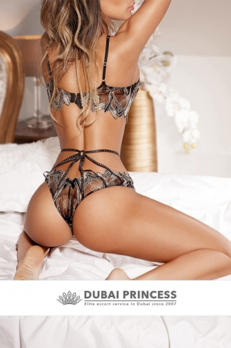 Dubai supermodel escort Paula, elite fitness model companion
