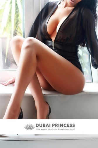 Elite escort Dubai Roxana, luxury Brazilian models companion