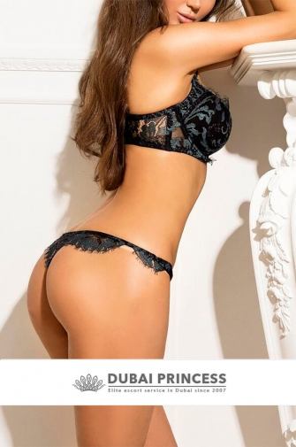 Escort VIP Dubai Susan, high end GFE companion