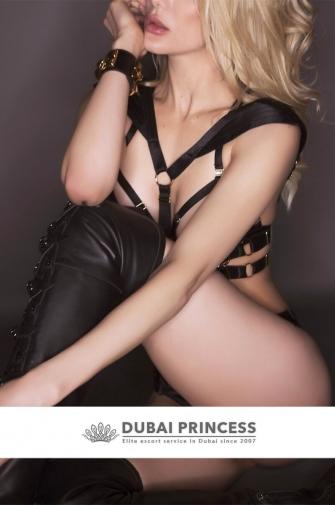 Luxury Dubai escort Violette, elite models date Dxb